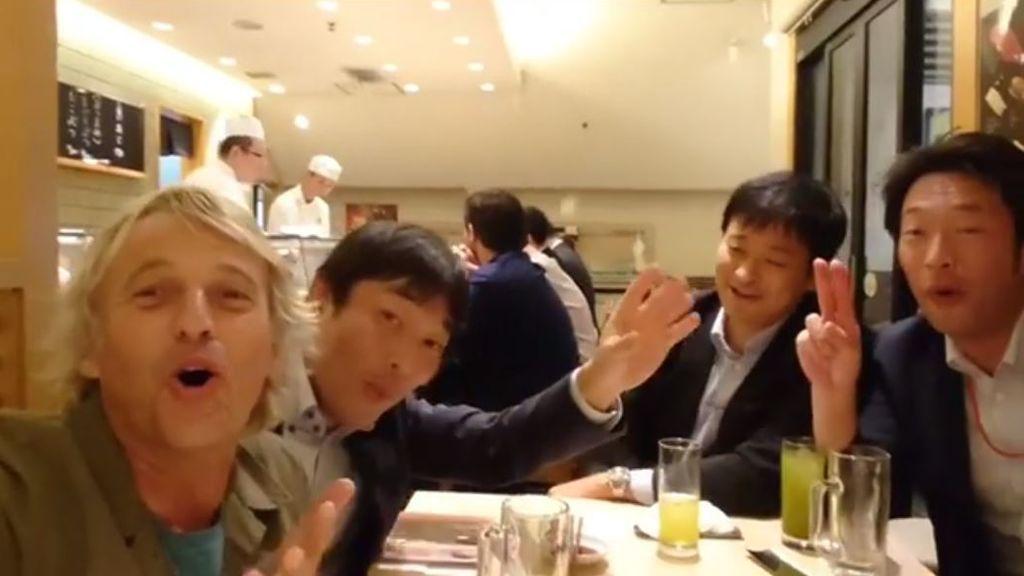 La resaca del Premio Ondas: ¡Jesús Calleja se va de fiesta en Japón!