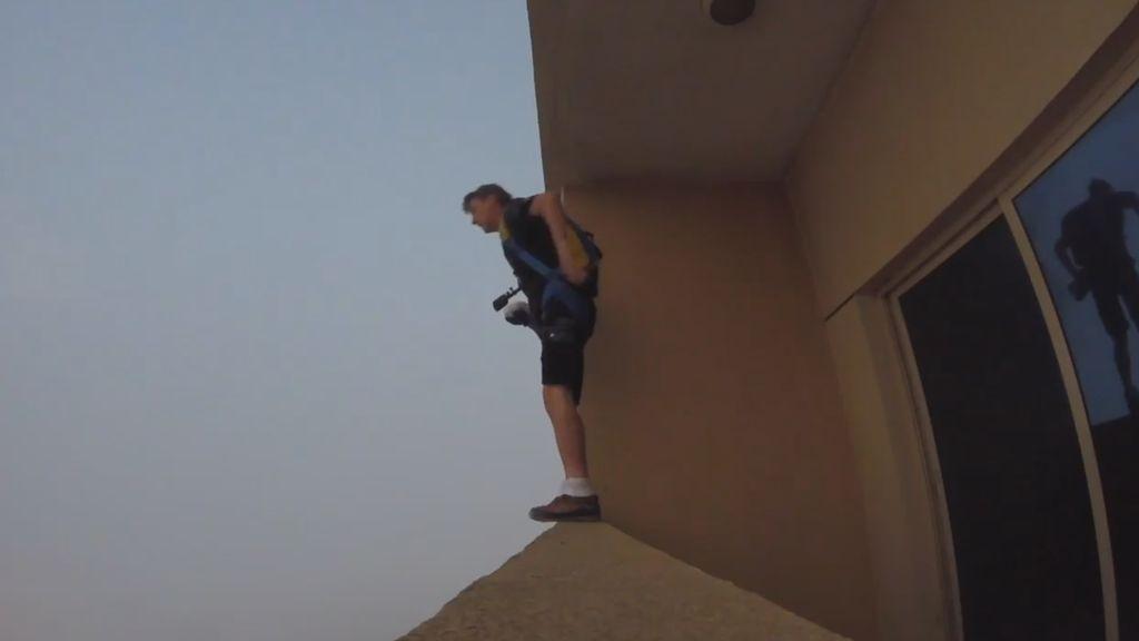 Al súper... en paracaídas