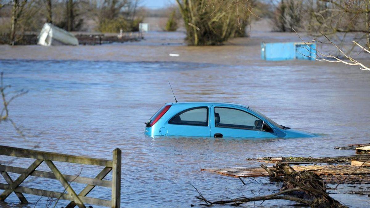 Qué hacer cuando estás en el coche y hay inundaciones