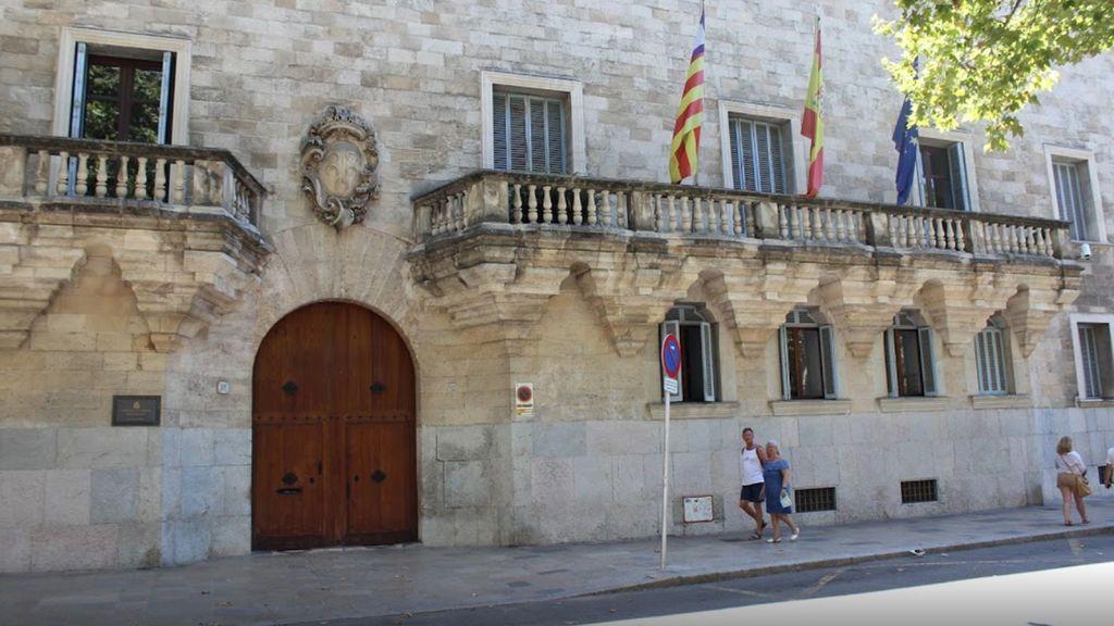 Piden 22 años de cárcel para un hombre por abusar sexualmente de su nieto en Menorca