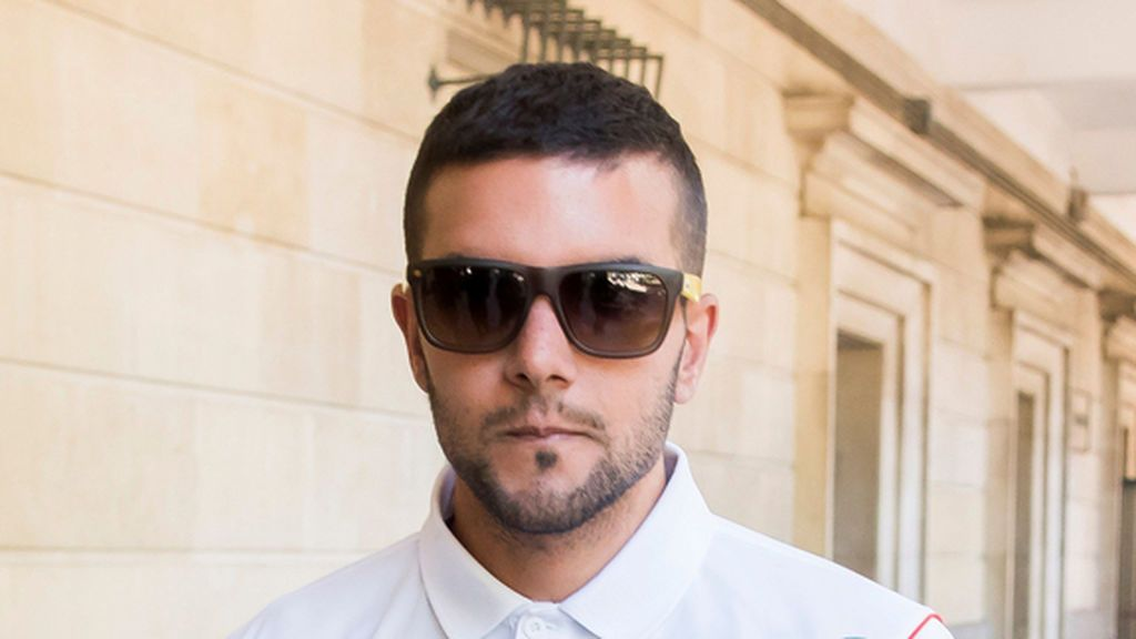 Abren juicio oral contra Ángel Boza, miembro de 'La Manada', por el robo de las gafas