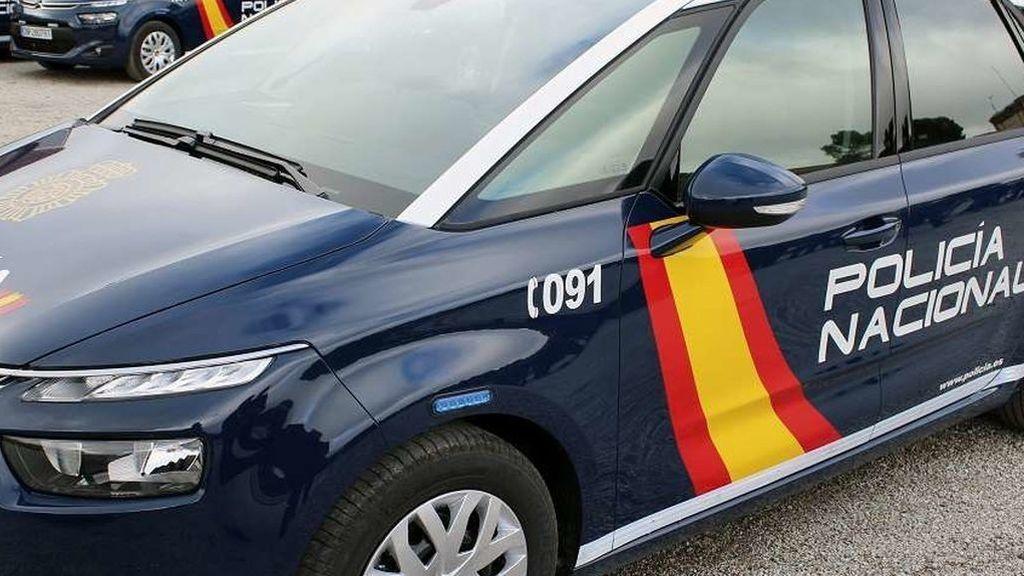 Dos policías heridos por las mordedoras de unos perros de raza peligrosa azuzados por delincuentes en Madrid