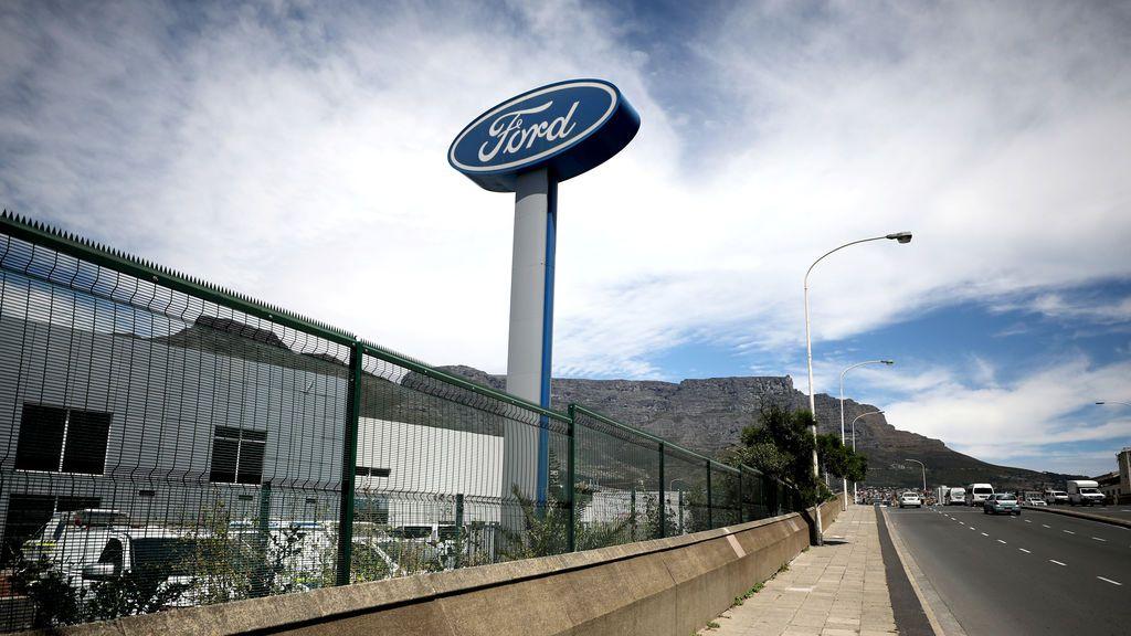 Ford Almussafes plantea un ERTE de 13 días y parar la producción de vehículos