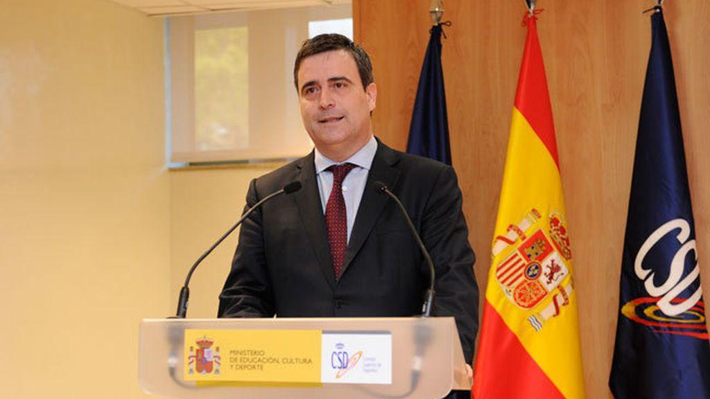 """Luis Rubiales califica de """"escándalo"""" el 'fichaje' de Miguel Cardenal por Mediapro"""