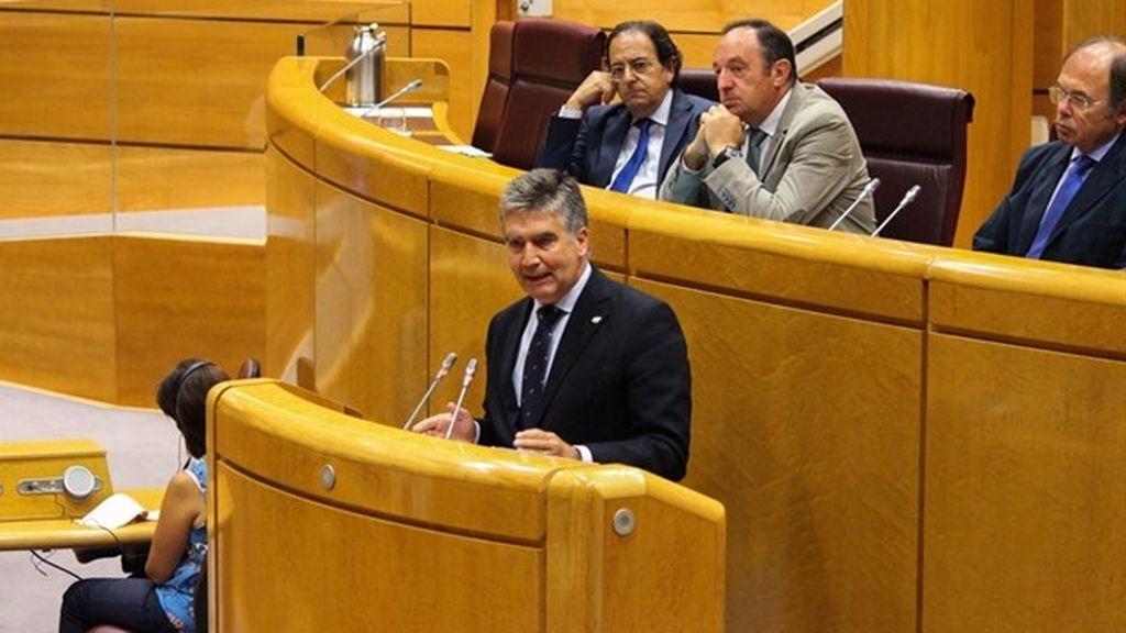 Ignacio Cosidó, portavoz del PP en el Senado; Luis Aznar, primer secretario del Senado; Pedro Sanz, vicepresidente del Senado, y Pío García-Escudero, presidente del Senado.