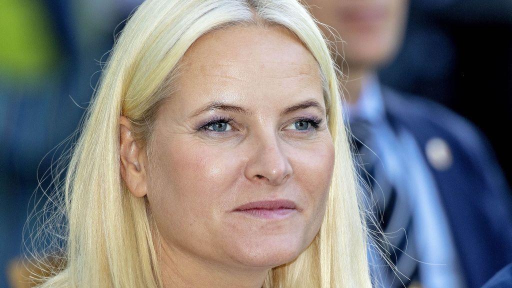 Mette Marit de Noruega anuncia con un comunicado que padece fibrosis pulmonar