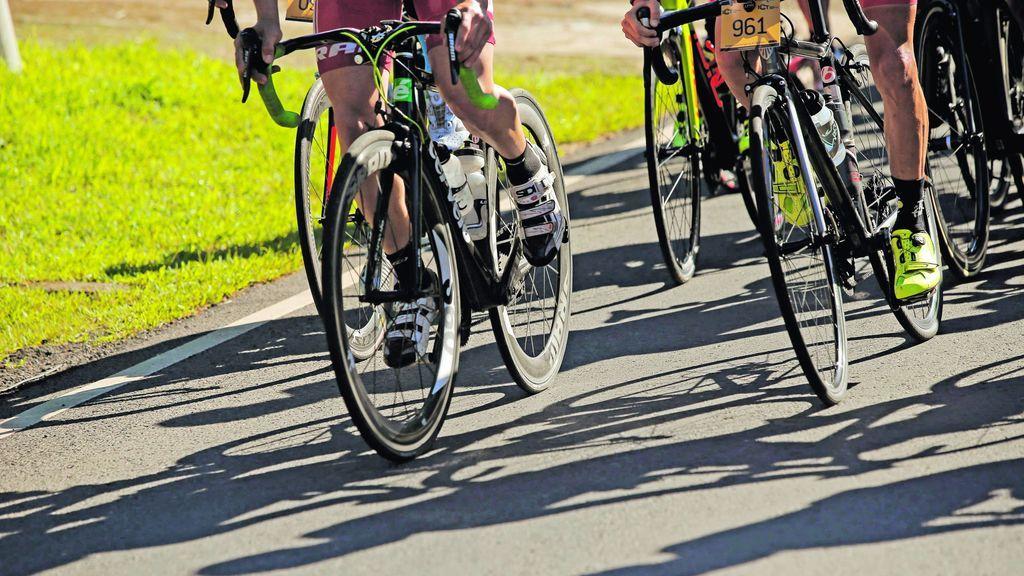 Los comentarios que evidencian que no sabemos adelantar a un ciclista en la carretera