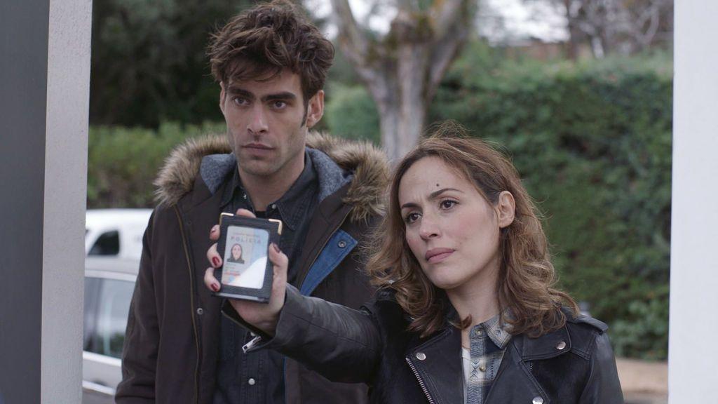 Jon Kortajarena e Irene Montalá en 'La verdad'.