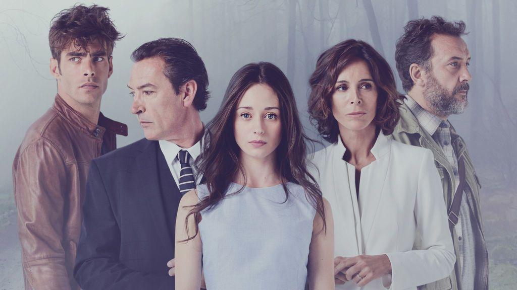 Jon Kortajarena, Ginés García Millán, Elena Rivera, Lydia Bosch y José Luis García-Pérez, protagonistas de 'La verdad'.