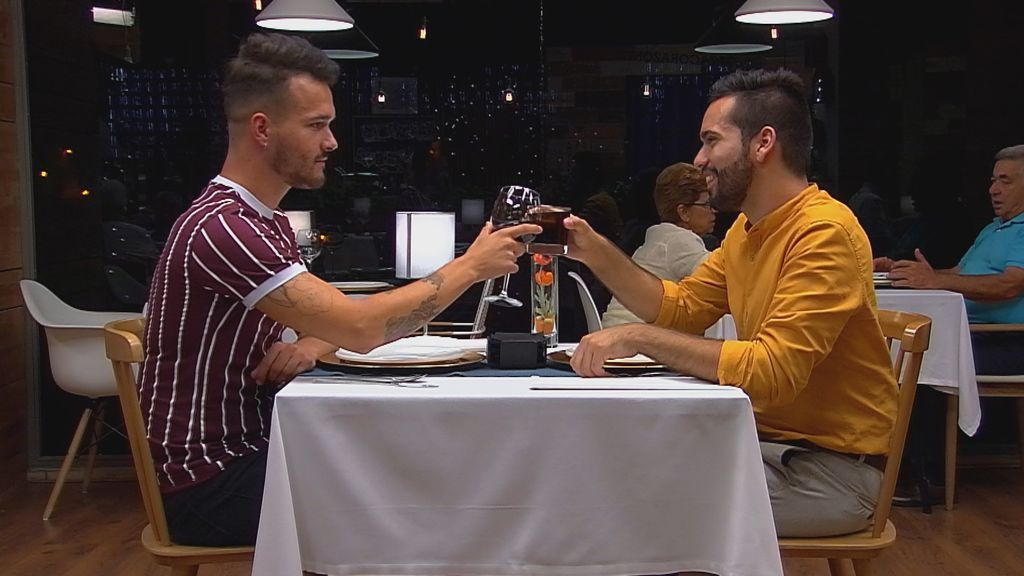 Mikel y David en 'First dates' 2.