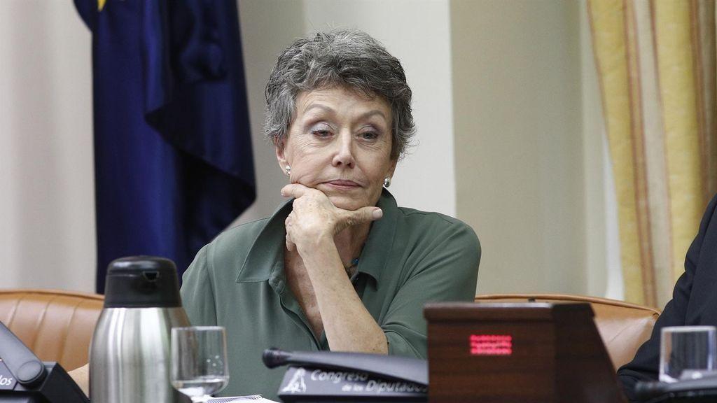 """Rosa María Mateo utiliza la """"falta de confianza"""" para justificar los ceses en RTVE"""