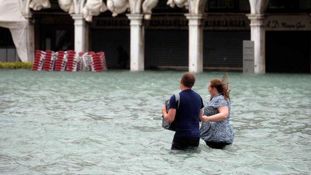 Italia se inunda por un temporal que deja ya seis muertos