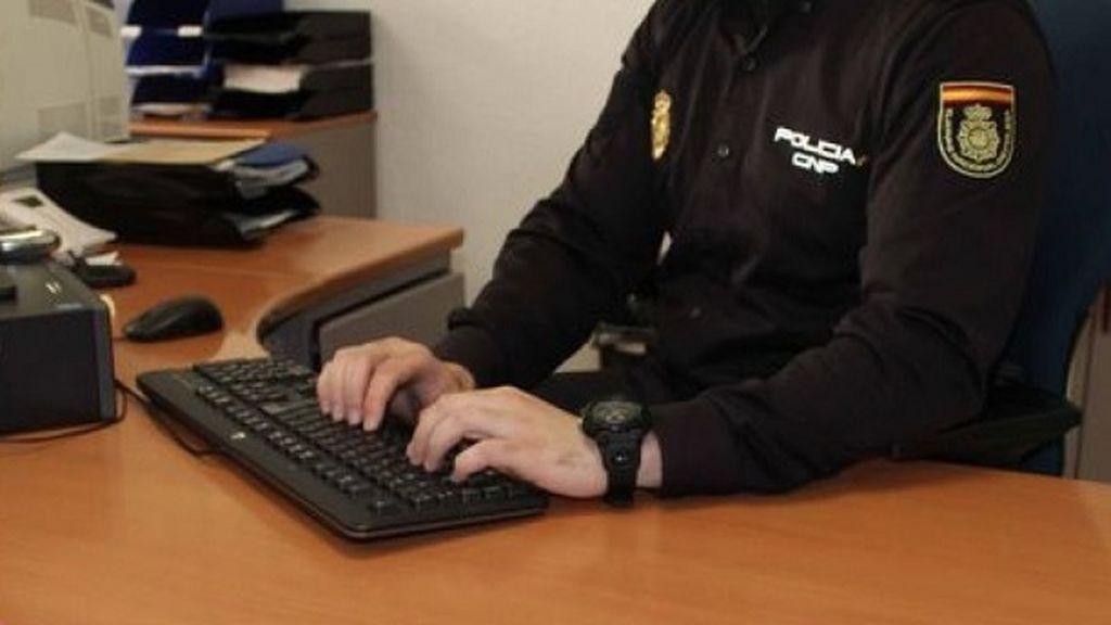 Capturan a un joven con ocho órdenes de detención por hurtos en Cádiz