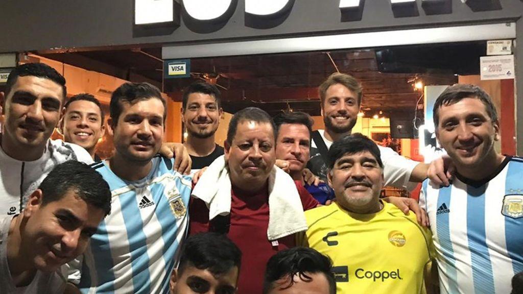 """Descubrimos 'Los Argentinos' el restaurante que ha conquistado a Maradona en México: """"Las propinas de Diego son muy buenas"""""""