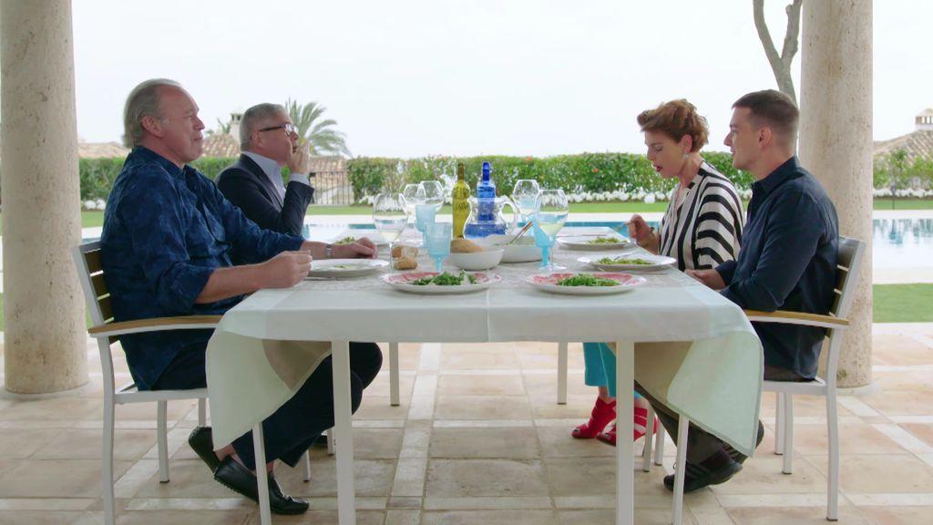 Antonia Dell'Atte imita a Ana Obregón y Bertín y Boris se parten de la risa