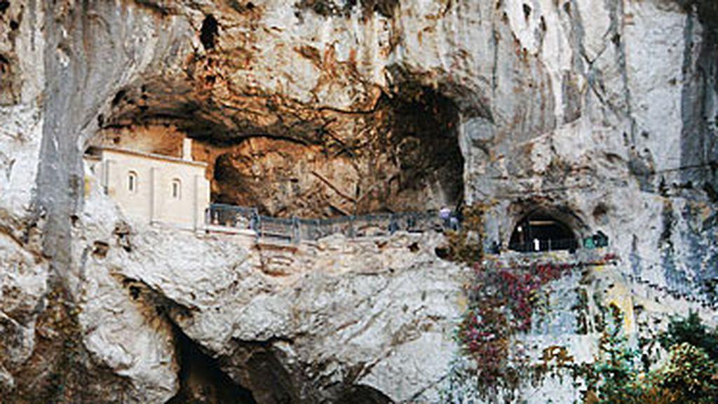 santa-cueva