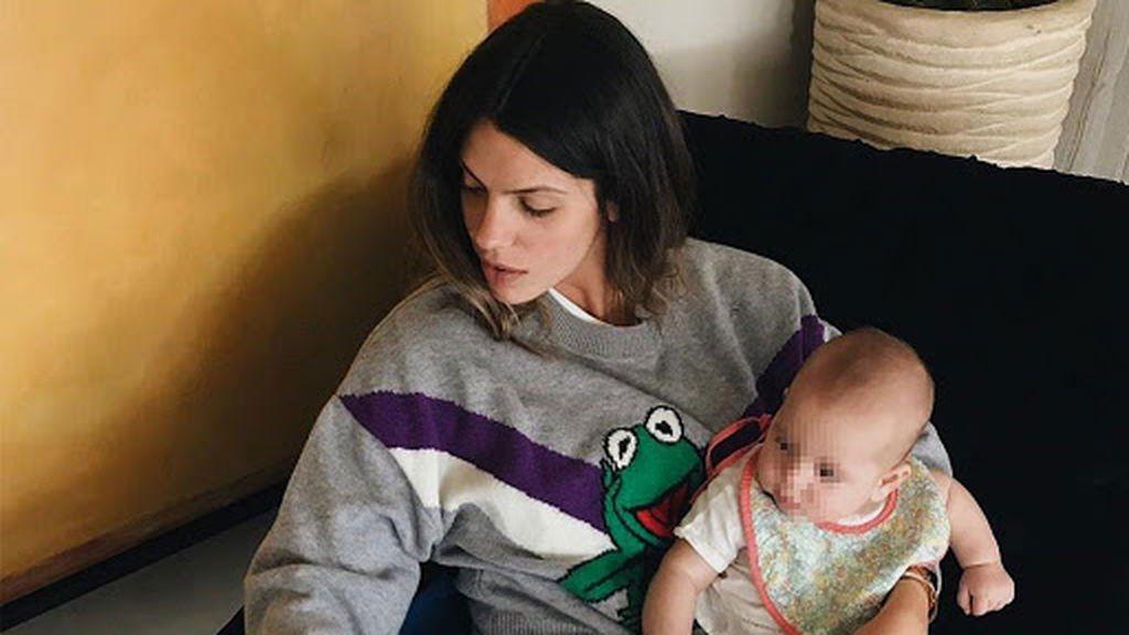 El hijo de Laura Matamoros cumple 6 meses: Así ha sido su primer medio año