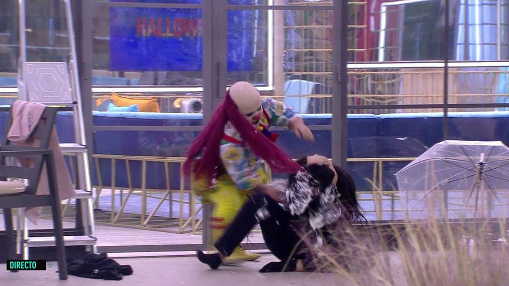 En toda la cara: ¡Payasín se supera con sus tartazos a los concursantes!