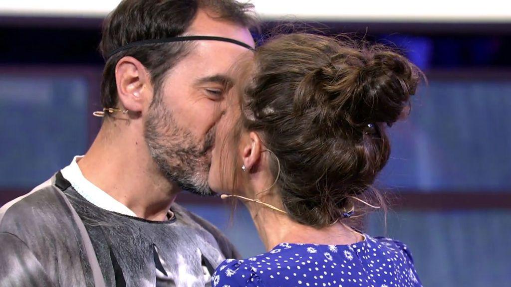 """Verdeliss besa a su marido y deja las cosas claras: """"No volvería a convivir con Ángel"""""""