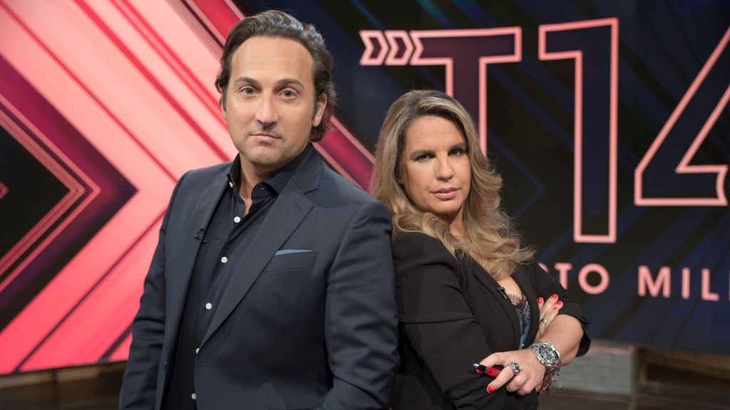 Iker Jiménez y Carmen Porter, presentadores de 'Cuarto milenio'.