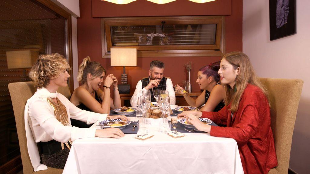 Cena del peluquero Jesús Vázquez en 'Ven a cenar conmigo', Galicia.