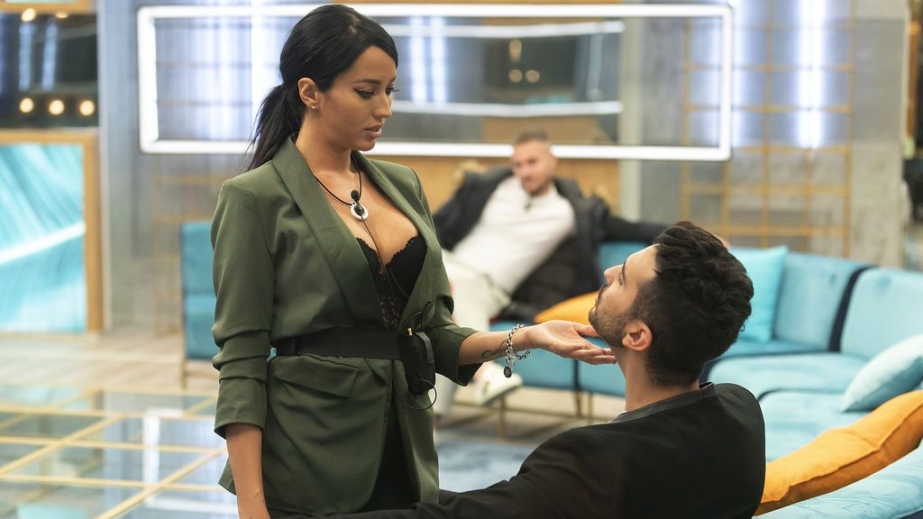 La venganza de Aurah: corta con Suso, se chiva de sus nominaciones y se acerca a Miriam