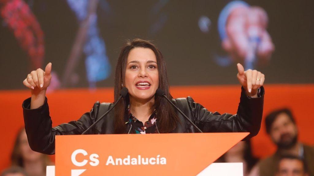 """Arrimadas asegura que Ciudadanos cuenta con """"el mejor equipo"""" para ganar los comicios andaluces"""