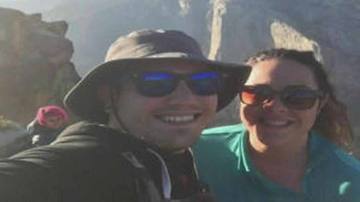 La mujer que falleció en Yosemite con su marido aparece en el selfi de otra pareja momentos antes de morir