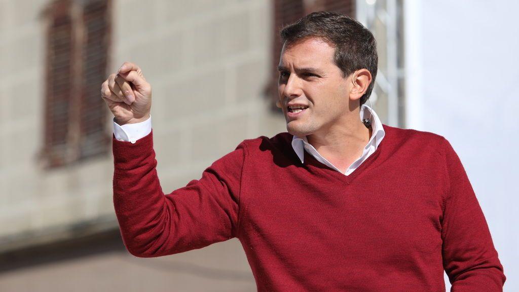 """Rivera critica que se ponga la Abogacía del Estado """"a disposición de quienes quieren liquidarlo"""""""