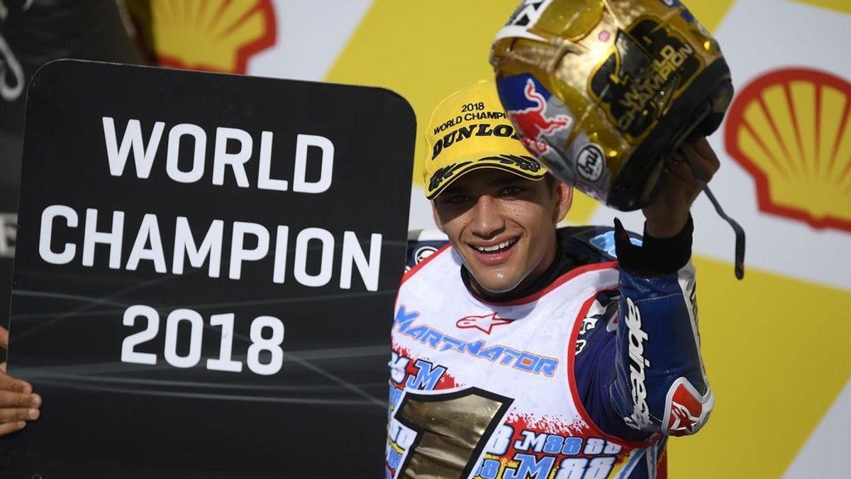 """Jorge Martín, tras proclamarse campeón de mundo de Moto3: """"Vengo de una familia humilde y no fue fácil llegar hasta aquí"""""""