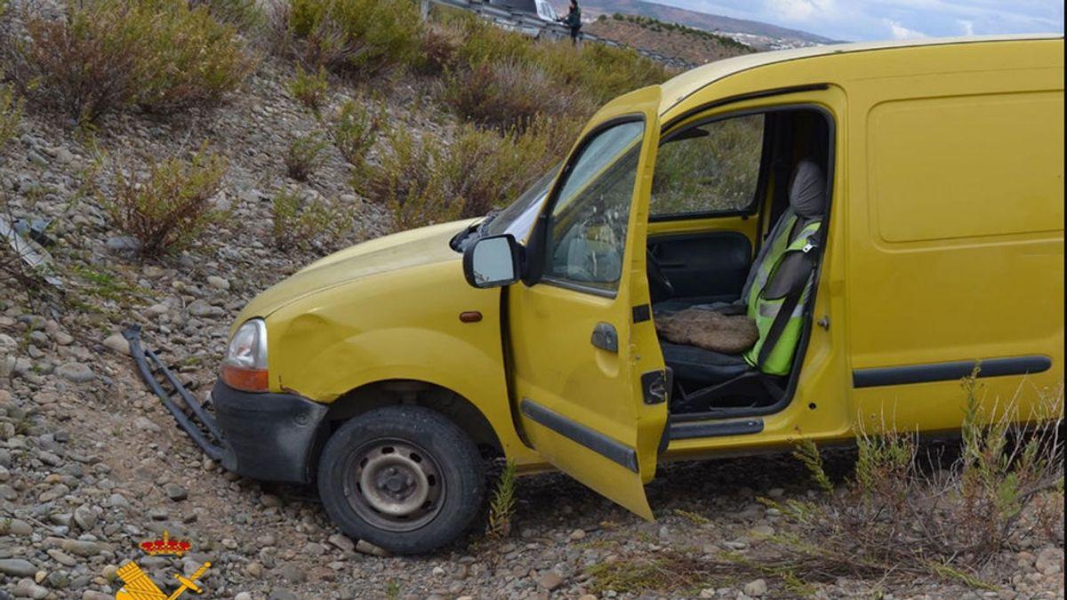 """Drogado,  sin carné de conducir y con un coche robado emprende una huida """"temeraria"""""""