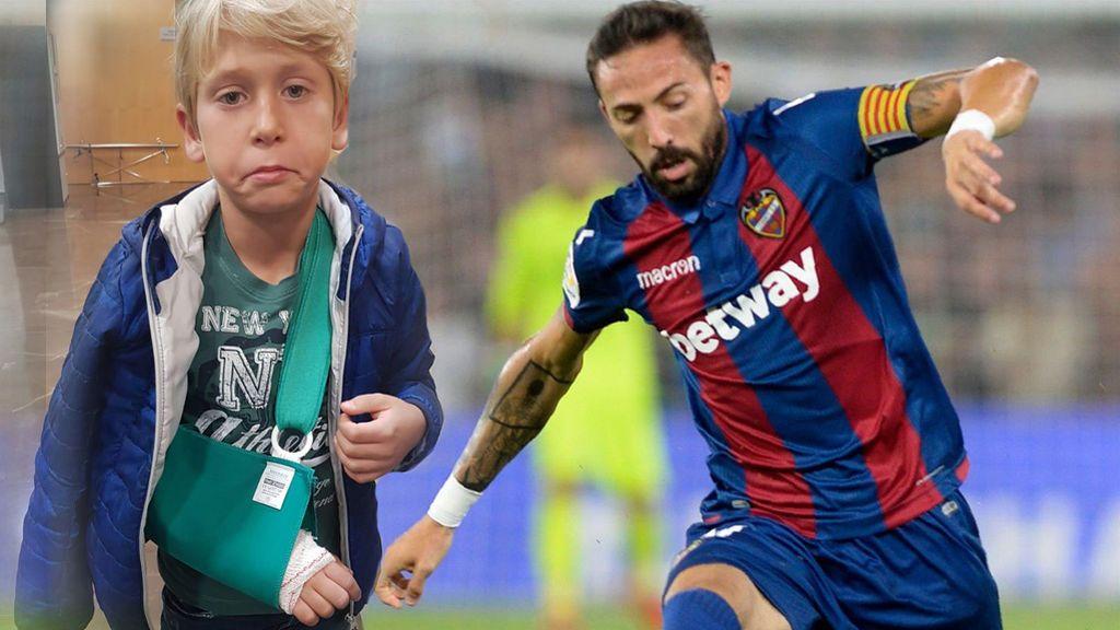 """El niño al que Morales, del Levante, rompió el brazo de un balonazo: """"Te perdono, seguirás siendo mi ídolo"""""""