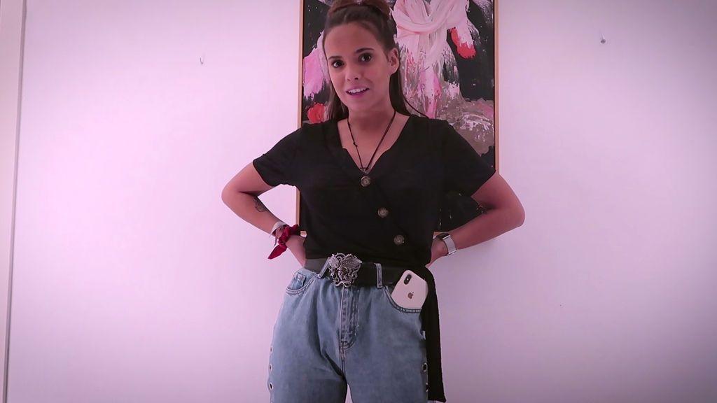 Tipo mum, pitillos o de animal print: los jeans, la prenda fetiche de Gloria Camila (1/2)