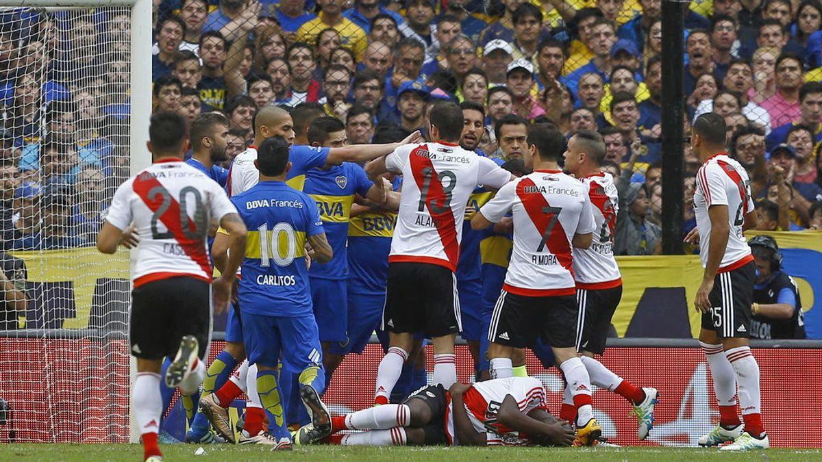 Quema la casa de su ex cuñado tras una discusión por el Boca-River de la Copa Libertadores
