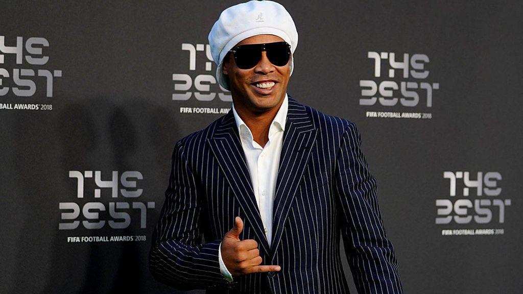 El 'aquí estoy' de Ronaldinho a la justicia brasileña por su paradero desconocido