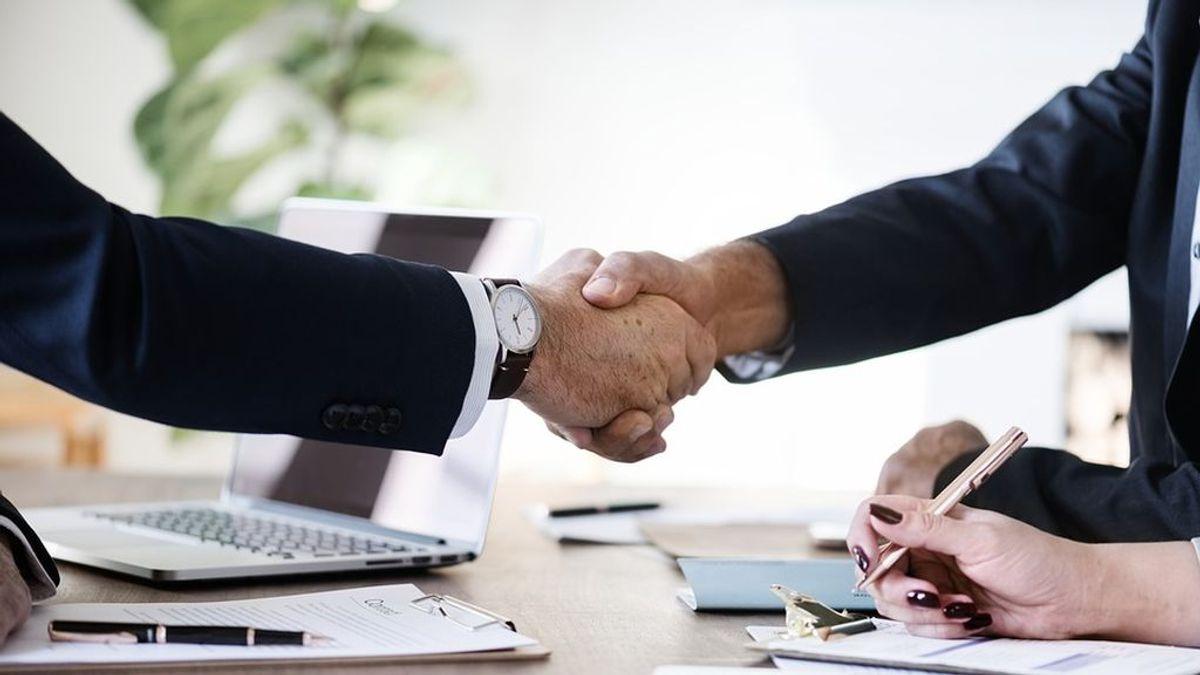 La OCU pide eliminar el impuesto de actos jurídicos documentados y que los bancos paguen los gastos de hipotecas