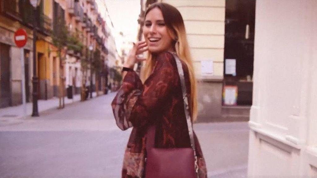 """Susana Banana """"Atrévete con la fuerza del rojo intenso en un look de día"""""""