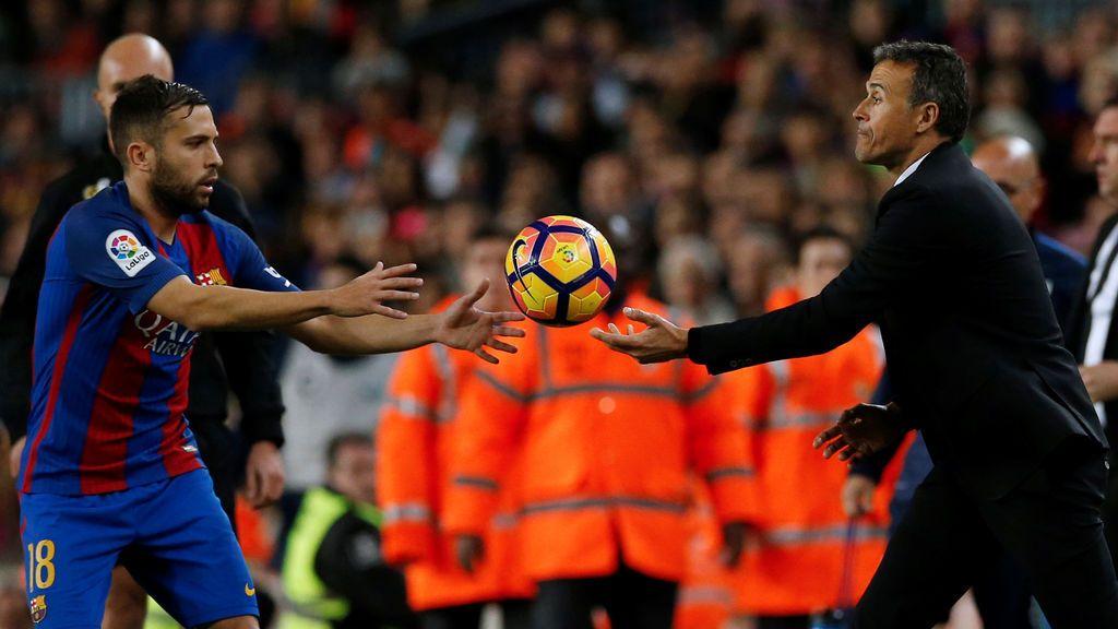 """Luis Enrique: """"Ya dije que no tenía problemas con ningún jugador y nadie conoce a Jordi Alba mejor que nosotros"""""""