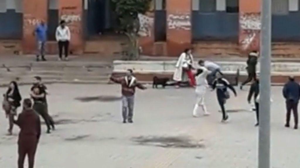 Pelea a cuchilladas en Córdoba termina con un muerto y cuatro heridos