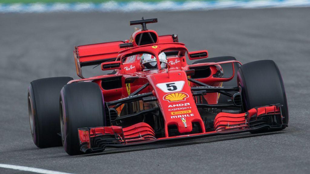 Vettel protagoniza el momento más divertido del año en la F1 en una conversación con sus mecánicos