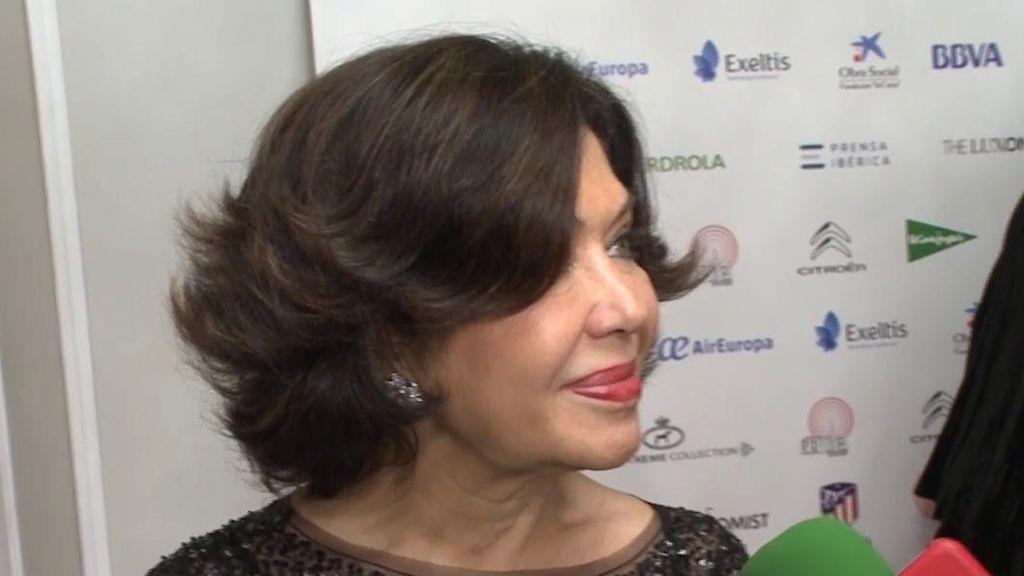 La madre de Elena Tablada 'se moja' sobre el embarazo de Bisbal y Zanetti
