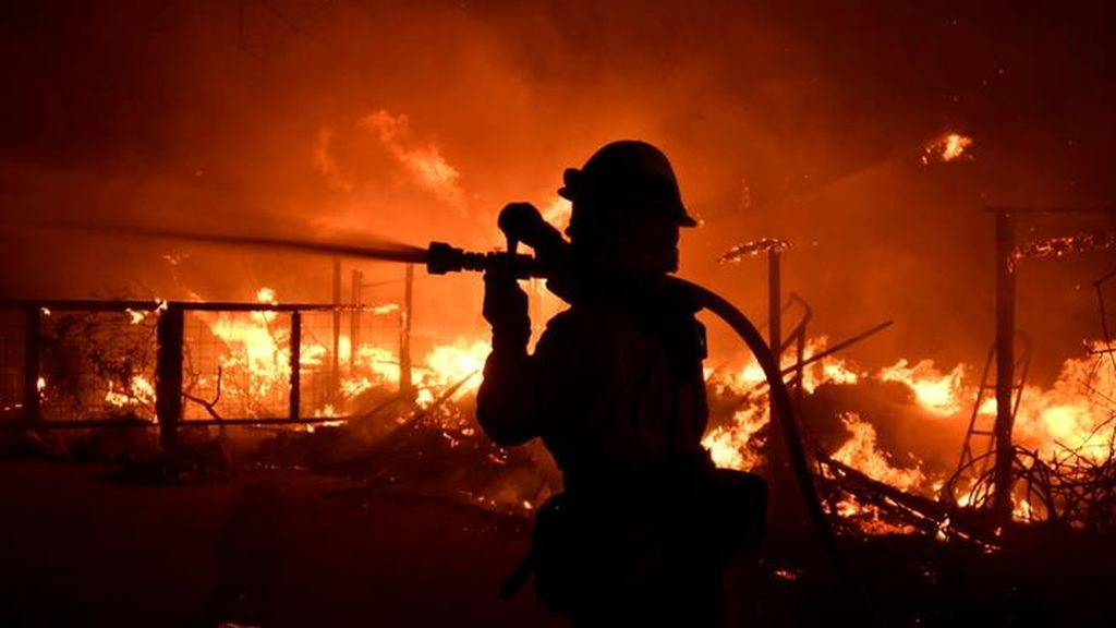 Incendios en el norte de California: famosos como Lady Gaga o Kardashian abandonan sus hogares
