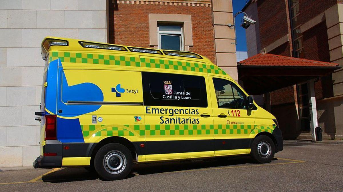 Muere una niña de 7 años y tres personas resultan heridas en el vuelco de un turismo en Ávila