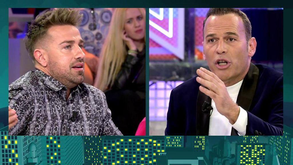 """Fuerte enfrentamiento entre Carlos Lozano y Rafa Mora: """"Eres un mierda, un presentador frustrado y un cornudo"""""""