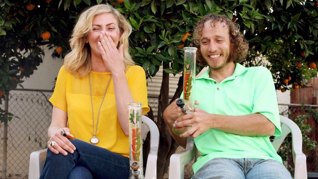 Que te paguen por viajar y fumar marihuana:  una empresa californiana busca candidatos