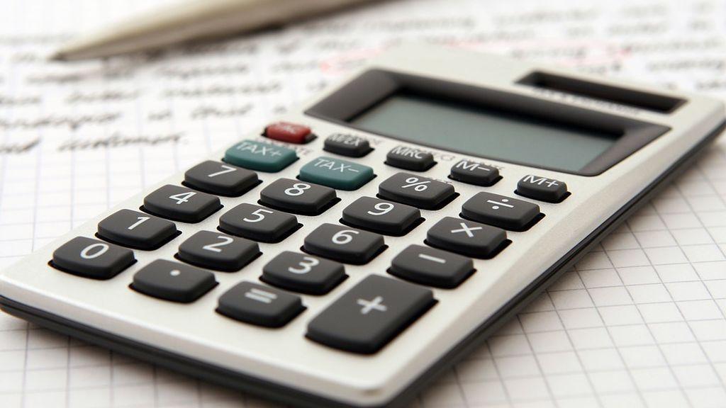 """Profesores de matemáticas creen que prohibir la calculadora en selectividad es """"obsoleto y anacrónico"""""""