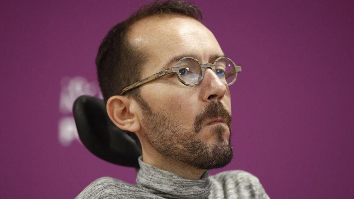 Echenique evita expulsar a Maestre de Podemos, pero advierte que se colocan fuera de la organización