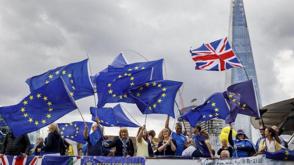 May llega a un acuerdo con Europa sobre el Brexit y ahora tiene que convencer a su gabinete