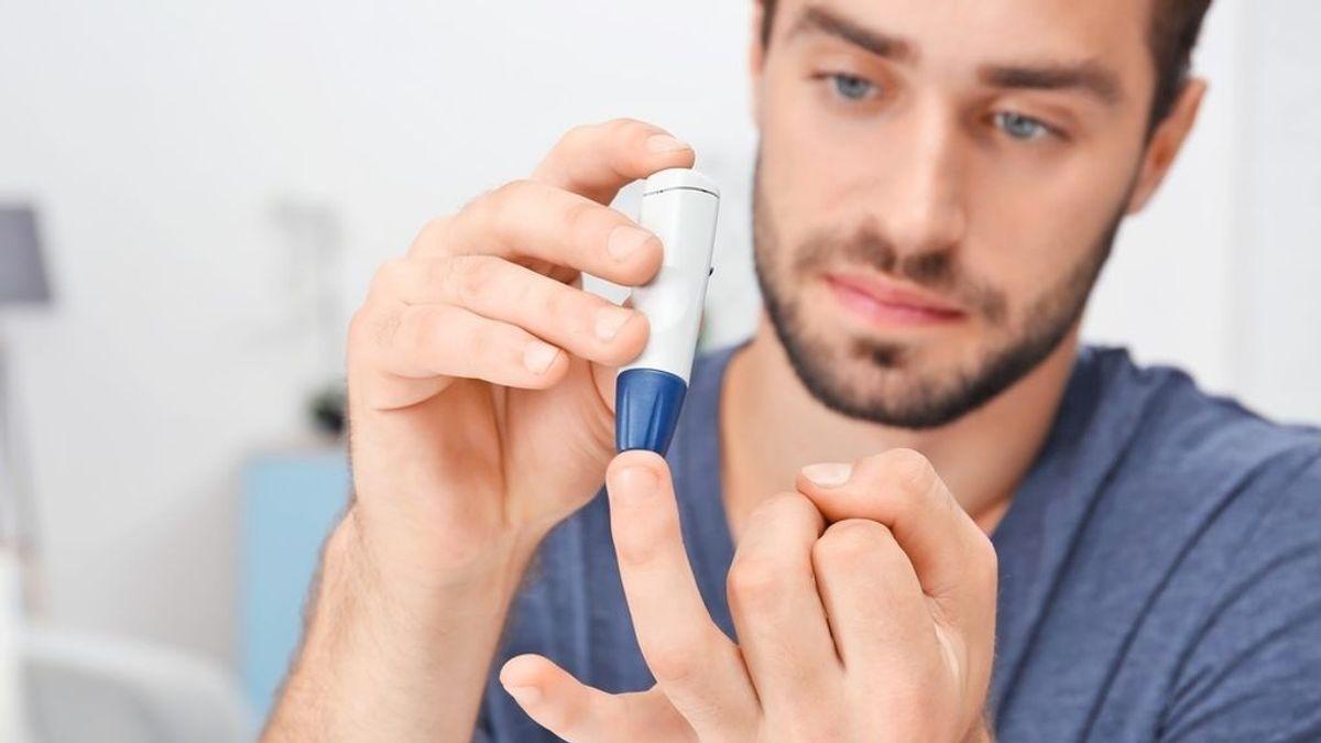 Sanidad financiará el sistema de medición de glucosa sin pinchazos para adultos