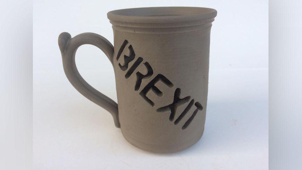 La taza del brexit que está 'rompiendo' récords en Internet